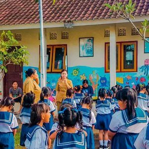 fr-INDO05-coverbalieducation